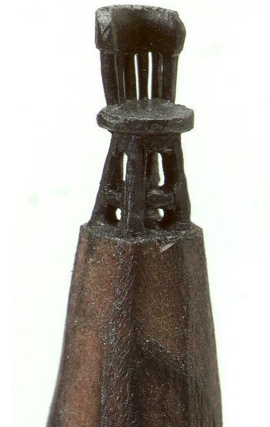 sculpture-art-crayons-de-bois-chaise